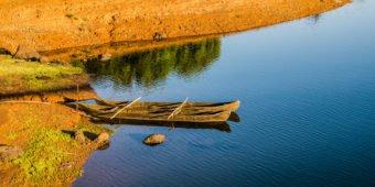 sea boat south india goa