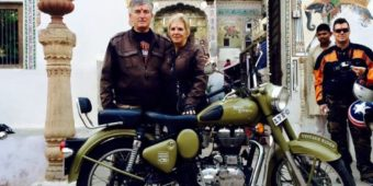 couple riders india