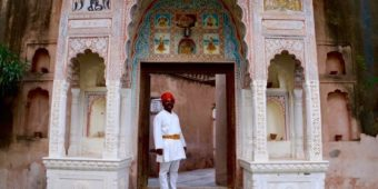 rajasthani guard welcome north india