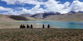 lake himalaya motorbikes