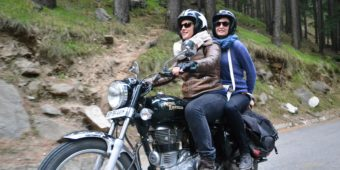 couple riders motorcycle india
