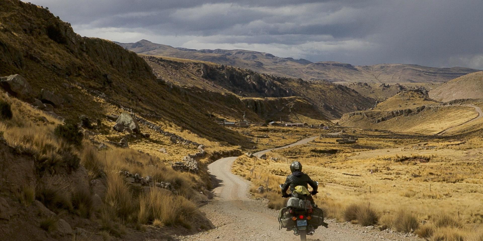 voyage moto au pérou johann