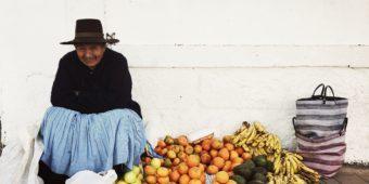 marchande de fruits au perou